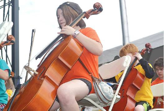 New Brunswick students shine on waterfront stage